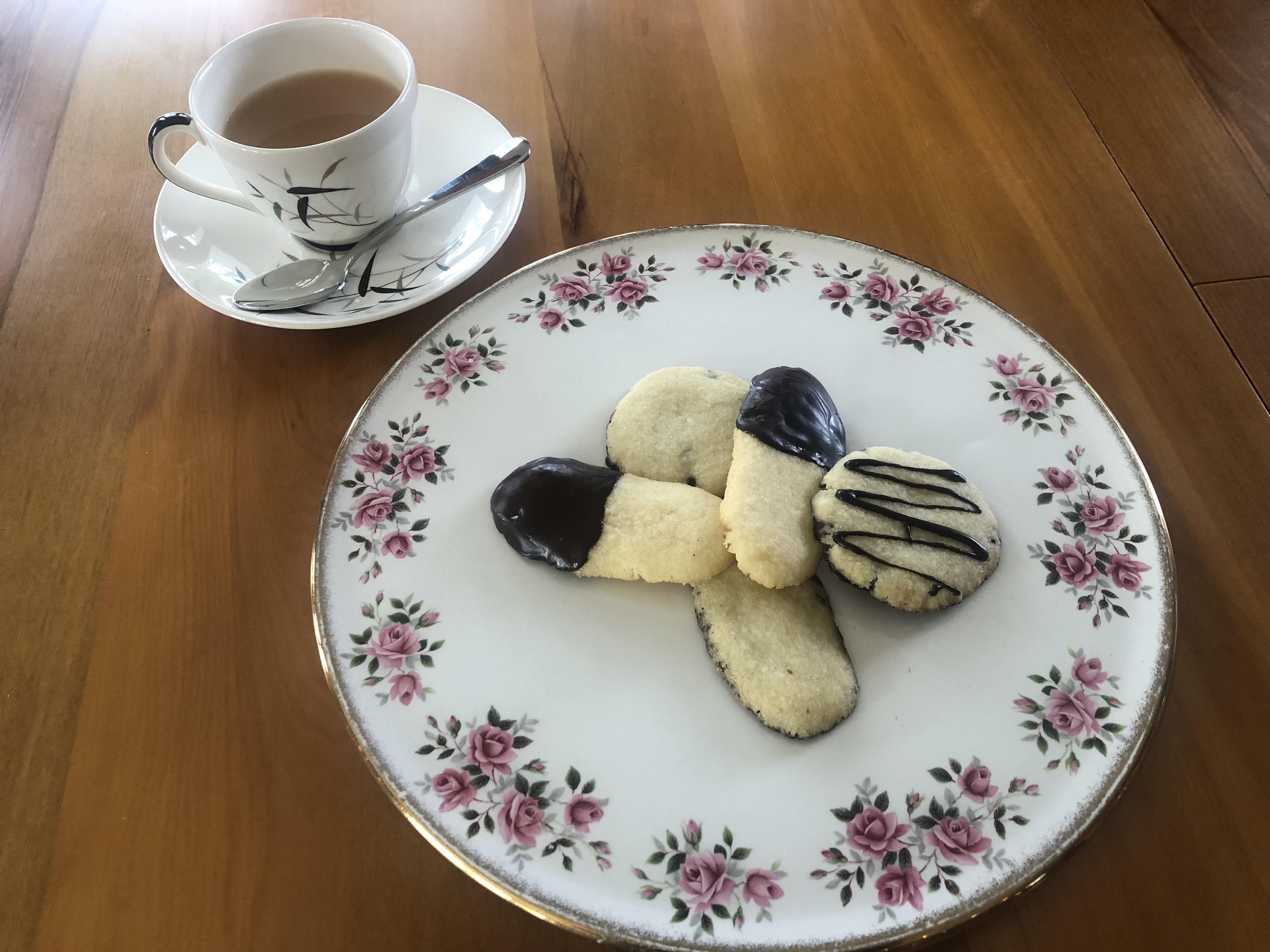 Peppermint Crisp Cookies